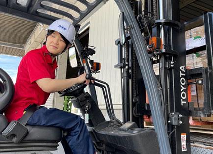 南信貨物自動車 トラックドライバー